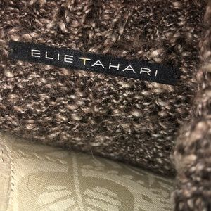 Elie Tahari Sweaters - 🔥Final🔥Elie Tahari Chunky Knit belt sweater Sz M
